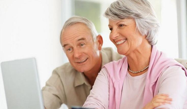 Для пенсионеров по данному вкладу предусмотрены улучшенные условия, чем для других категорий граждан. Возможно оформление в режиме онлайн.