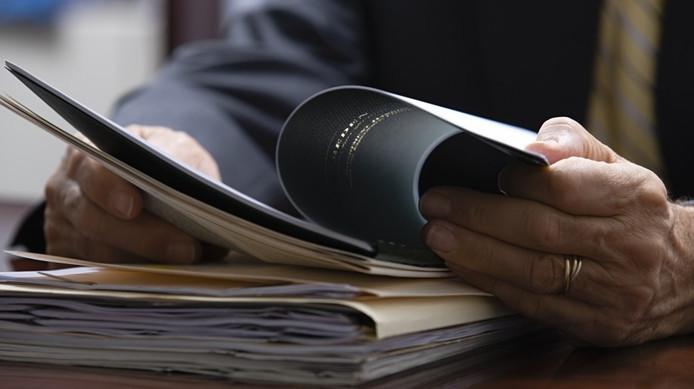 Для того, чтобы провести оценку квартиры, необходимо подготовить документы на нее и паспорт владельца