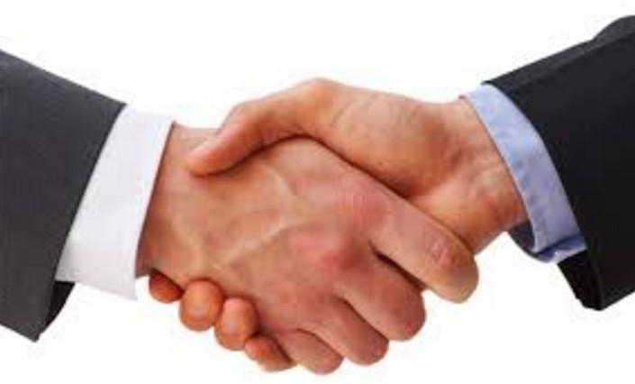 Сбербанк сотрудничает с множеством финансовых учреждений по всей России