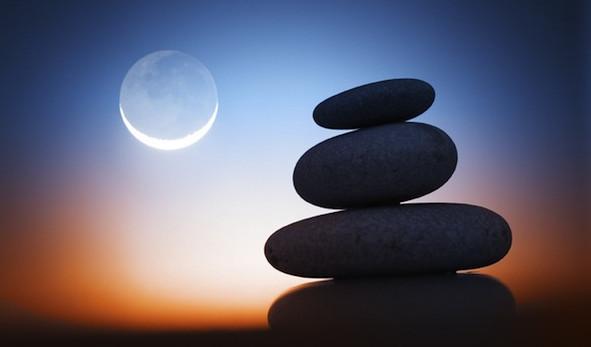 Астрологи утверждают, что стоит учитывать Лунный календарь при желании взять деньги в долг, или же возвращать их