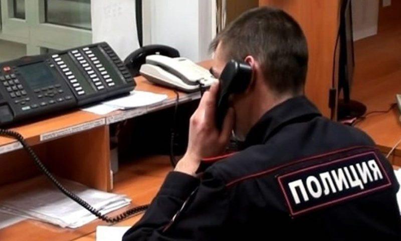 Если в ваш адрес поступают угрозы от коллекторов по чужому кредиту, необходимо записать разговор и пожаловаться в полицию