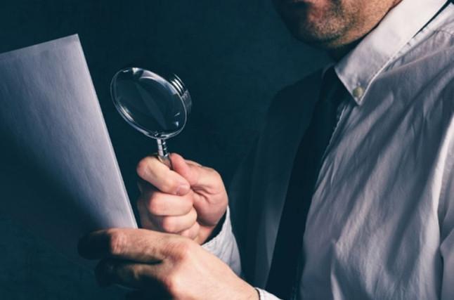 Правильно будет в начале общения с взыскателями по телефону, выяснить ФИО звонящего и точную информацию по размеру задолженности
