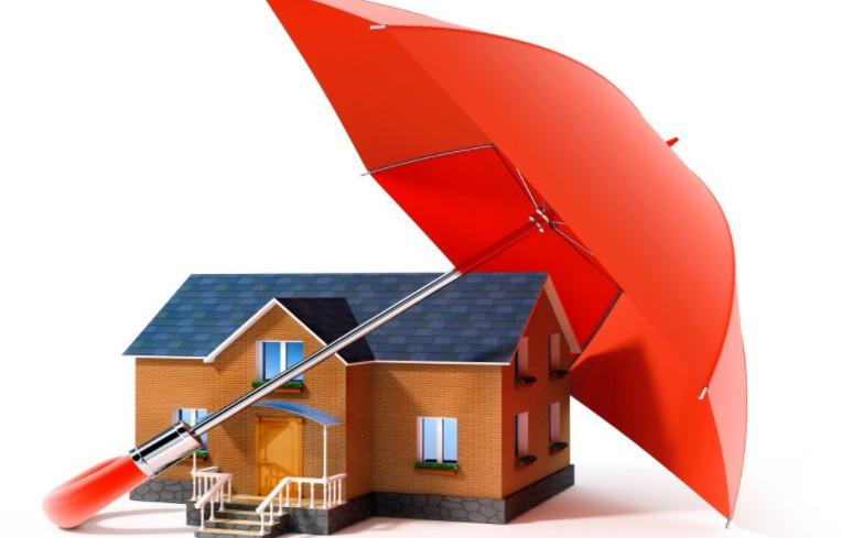 В случае, если на покупку квартиры заемщик берет кредит, можно обойтись без страхования недвижимости