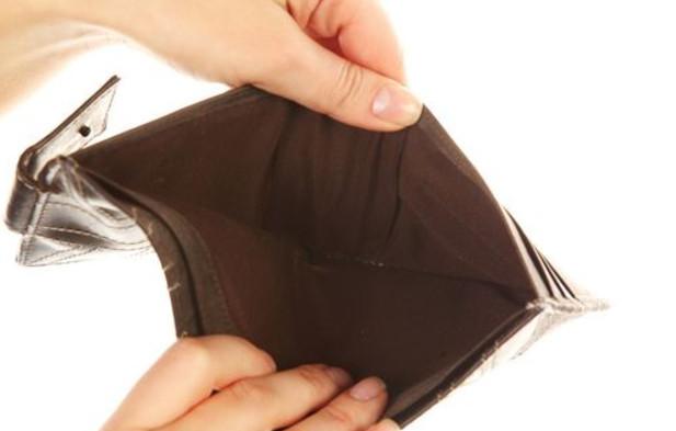 В Сбербанке, Почта Банке, ВТБ 24, или любом другом банке, потребуется подтвердить документально причину, по которой нет возможности оплачивать очередные платежи по кредиту