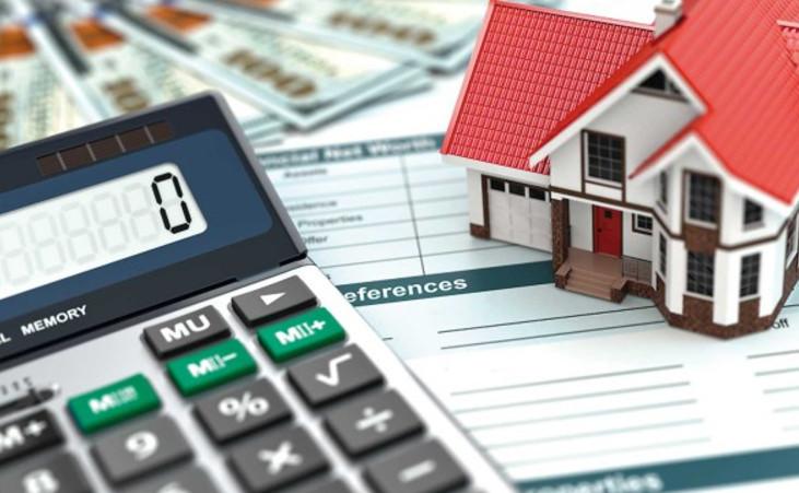 Банк предлагает возможность с помощью кредитного калькулятора в интернет-банкинге рассчитать различные варианты сокращения срока по ипотеке
