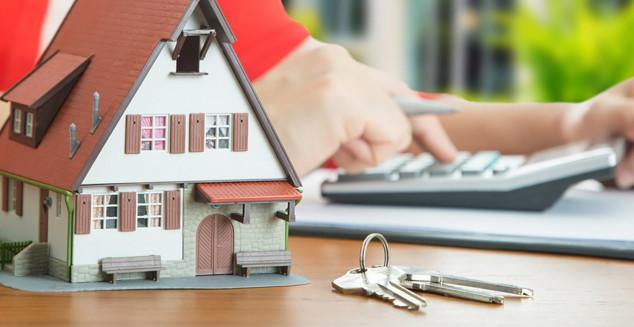 Как уменьшить платеж по ипотеке и можно ли увеличить ее срок