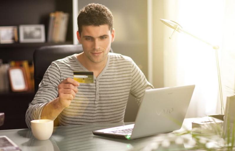Оплачивая товары и услуги онлайн, вы можете не выходя из дома распечатать документ о подтверждении проведения операции или отправить его по электронной почте