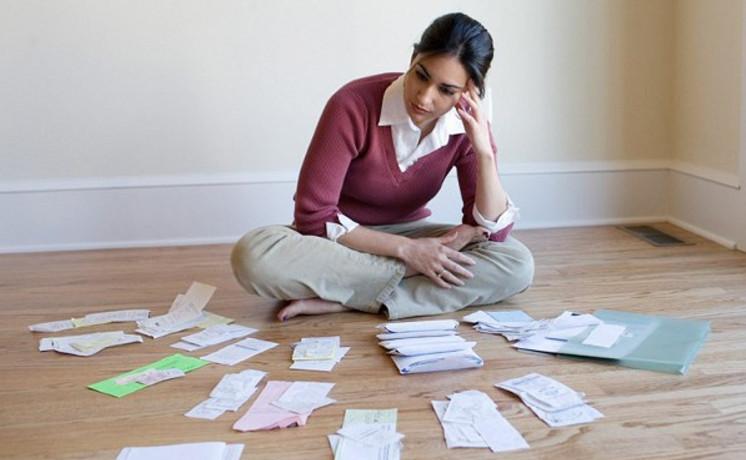 Одним из последствий для заемщика, попавшего в черный список, является сложность получения нового кредита