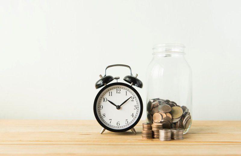 При простой системе начисления дохода по вкладу, проценты зачисляются на счет в конце срока размещения