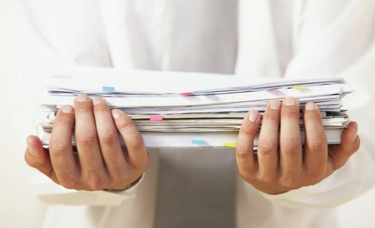Если заявка подана в отделение банка, то рассмотрение начинается после предоставления полного пакета документов заемщиком